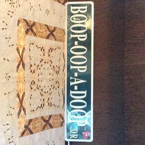 Cute Betty Boop sign